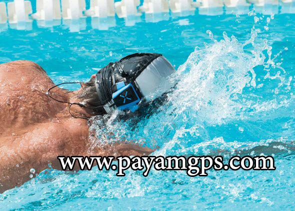 کلاهک مجهز به ردیاب جی پی اس XMetrics برای شناگران