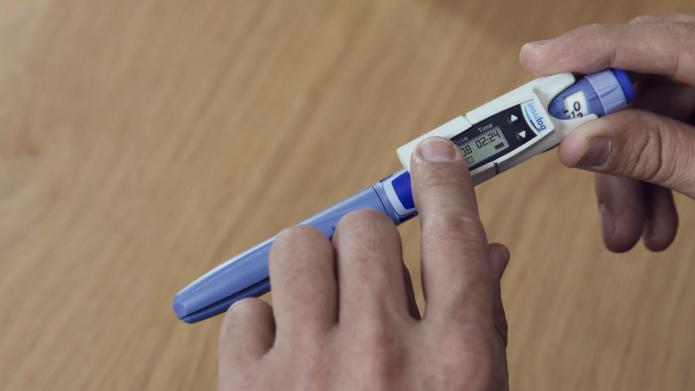 اندازه گیری میزان انسولین بدن با ردیاب Insulog