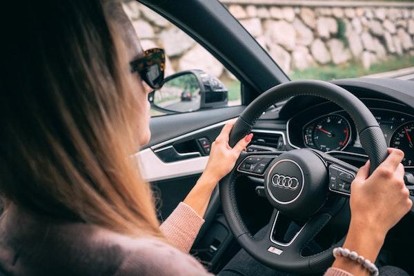 کمک به حفاظت از رانندگان جدید و نوجوان